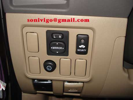 door panel of LHD Toyota Hilux Vigo 2010 2009
