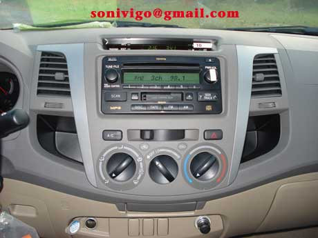 Radio CD player of LHD Toyota Hilux Vigo 2010 2009