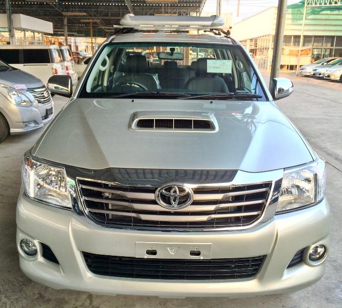 2014-Toyota-Hilux-Vigo-3000cc-Auto-4WD-front