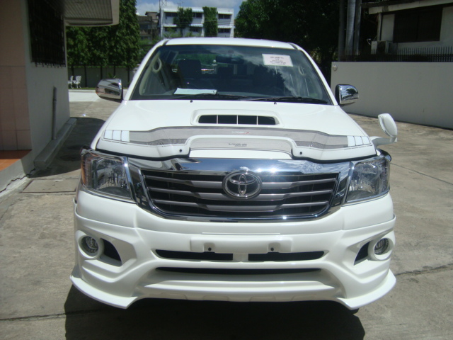 Thailand, Australia, United Kingdom, Hong Kong, Japan and Singapore exporter of cars, pickups, SUVs, MPVs, vans, trucks, buses, construction, mining, armored cars, ambulance, fire truck to Trinidad and Tobago