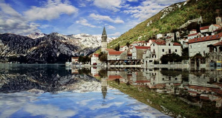Dubai, Oman, Bahrain, United States, Canada and Europe Car Exporter Importer to Montenegro