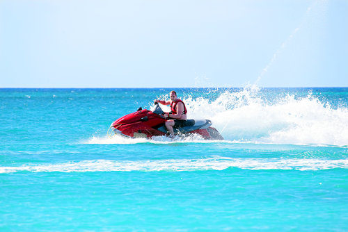Full Range of water leisure vehicles to Surinameg