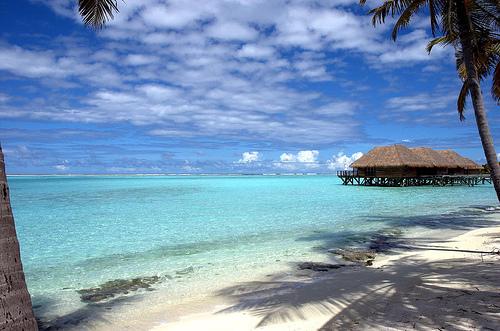Thailand, Australia, United Kingdom, Hong Kong, Japan and Singapore Car Exporter Importer to Kiribati
